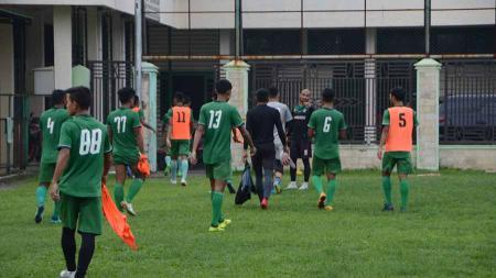 Skuat PSMS Medan saat berlatih di komplek Stadion Kebun Bunga, Medan, beberapa waktu lalu. - INDOSPORT