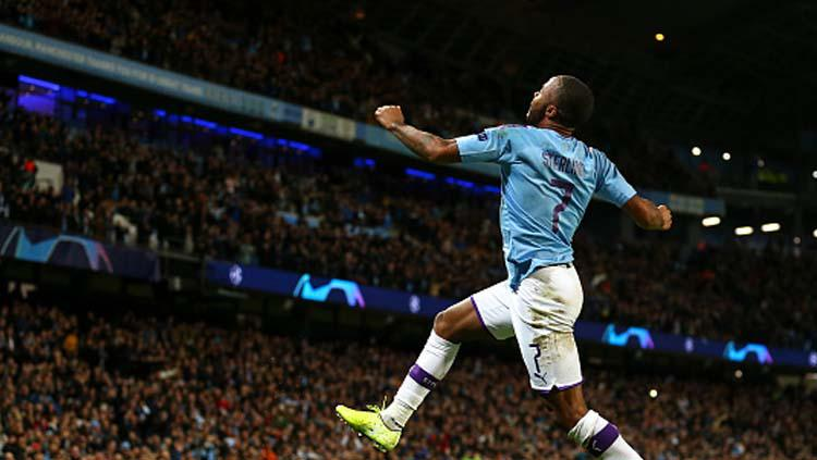 Selebrasi striker Manchester City, Raheem Sterling Copyright: Robbie Jay Barratt/GettyImages