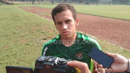 Pemain Lechia Gdansk, Egy Maulana Vikri, ikut bersuara atas meninggalnya bek Timnas Indonesia U-16, Alfin Farhan Lestaluhu. - INDOSPORT