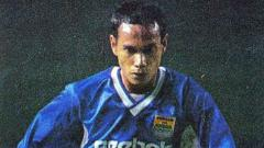 Indosport - Mantan striker Persib Bandung, Sujana tidak dapat melupakan pertandingan kandang menghadapi Persija Jakarta di Stadion Siliwangi, Kota Bandung, 10 Maret 2002 silam