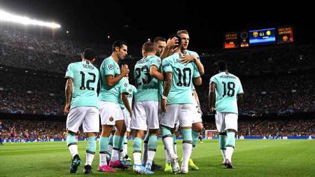 Inter Milan mulai melupakan kekalahan dari Barcelona di Liga Champions dan fokus menatap laga berikutnya menghadapi Juventus. Alex Caparros/Getty Images. - INDOSPORT