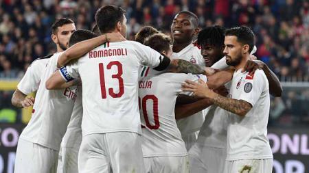 Para pemain muda AC Milan diragukan bisa membantu pemenangan tim untuk menyabet gelar Serie A Italia dan Liga Champions. - INDOSPORT