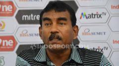 Indosport - Sekertaris klub PSMS Medan, Julius Raja, dalam konferensi pers Liga 2 2019.