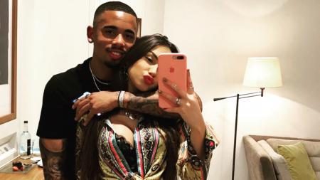 Bintang Manchester City, Gabriel Jesus terpuruk di hari Valentine, setelah putus dari model seksi asal Brasil, Fernanda Queiroz. - INDOSPORT