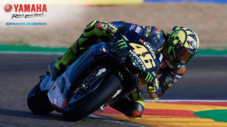 Valentino Rossi saat dalam lintasan balap - INDOSPORT