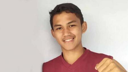 Jebolan Garuda Select, Muhammad Rafli Asrul, berharap dapat membela Timnas Indonesia U-18 di Piala AFF U-18 menyusul penundaan akibat virus corona. - INDOSPORT