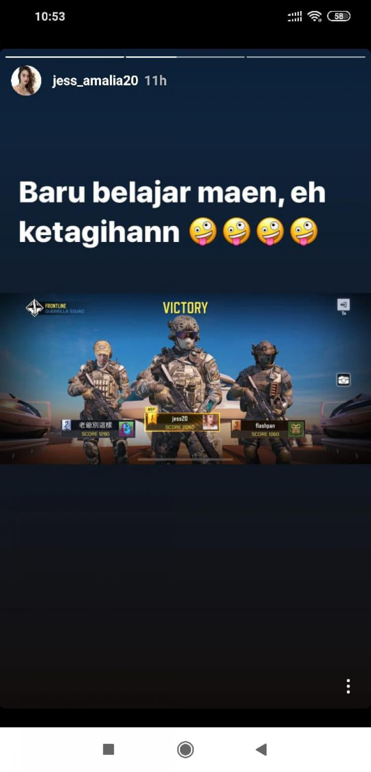Jess Amalia ketagihan bermain game eSports Call of Duty: Mobile Copyright: instagram.com/jess_amalia20