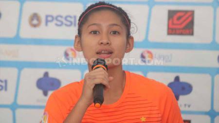 Pemain Persija Jakarta, Putri Zahra Muzdalifah jadi bintang kemenangan 2-1 atas Persib Bandung. - INDOSPORT