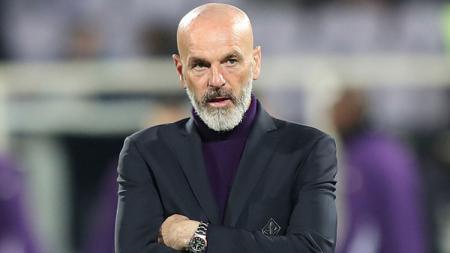 Jelang Manchester United vs AC Milan di babak 16 besar Liga Europa 2020/21 ini, Stefano Pioli berikan komentar yang lumayan mengejutkan. - INDOSPORT
