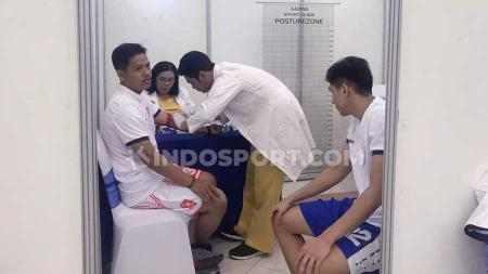 Sejumlah calon-calon pemain baru, IBL Rookie Combine melakukan MCU (Medical Check Up) di RS Royal Sports Medicine Centre, Rabu (09/10/19). - INDOSPORT