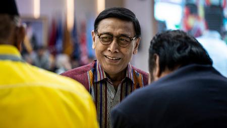 Kementerian Koordinator Bidang Politik, Hukum, dan Keamanan Republik Indonesia, Wiranto, yang juga menjabat sebagai ketum PBSI. - INDOSPORT
