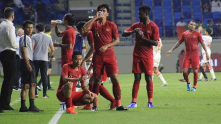 Para penggawa Timnas Indonesia kalah 0-5 saat menghadapi Uni Emirat Arab dalam Kualifikasi Piala Dunia 2022. - INDOSPORT
