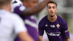 Indosport - Pemain sepak bola Fiorentina, Gaetano Castrovilli, mengungkapkan penyesalannya setelah mencetak gol ke gawang AC Milan di Serie A Italia 2019-2020.