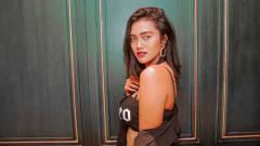 Indosport - Sosok selebgram cantik, Jess Amalia, kerap membuat heboh netizen dengan postingannya di media sosial, termasuk saat momen dirinya berada di pinggir kolam renang