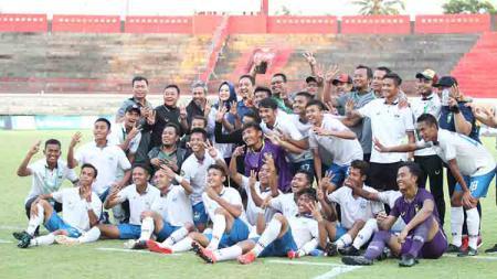 Pemain PSIS U-20 saat merayakan juara 3 Elite Pro Academu U-20 2019. - INDOSPORT