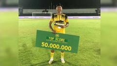 Indosport - Talenta muda Barito Putera U-20 Kahar Muzzakar usai menyandang gelar top skor Liga 1 U-20 2019.