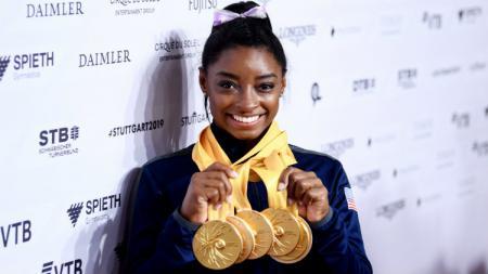 Simone Biles, pesenam muda Amerika Serikat yang pecahkan rekor dunia. - INDOSPORT