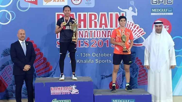 Sri Fatmawati berhasil mempertahankan gelar WS di Bahrain usai mengalahkan Ira Sharma Copyright: FB Taufiq Akbar