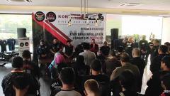 Indosport - Konferensi pers acara 'Bikers for Indonesia' pada Sabtu (12/10/19) di Motto Vilage, Kemang, Jakarta.