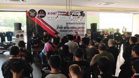 Konferensi pers acara 'Bikers for Indonesia' pada Sabtu (12/10/19) di Motto Vilage, Kemang, Jakarta. - INDOSPORT