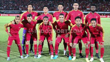 Berikut susunan pemain pertandingan Kualifikasi Piala Dunia 2022 antara Malaysia vs Timnas Indonesia pada Selasa (19/11/19) malam WIB, Ada Duet Febri dan Greg. - INDOSPORT