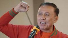 Indosport - Bakal calon ketua umum PSSI atau  Persatuan Sepak Bola Seluruh Indonesia, Komisaris Jenderal Polisi Mochamad Iriawan, atau biasa disapa Iwan Bule