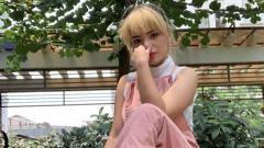 Indosport - Asik Goyeng Pinggul, Dinar Candy Bikin Netizen Gerah