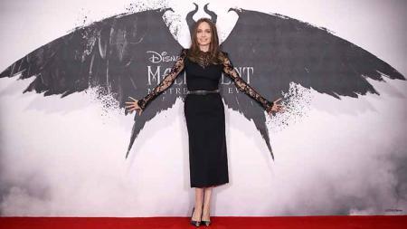 Angelina Jolie menghadiri acara premiere film Maleficent: Mistress of Evil. - INDOSPORT