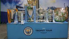 Indosport - Deretan trofi Manchester City dari berbagai ajang, Selasa (15/10/19), di Surabaya.