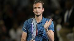 Indosport - Daniil Medvedev lolos ke perempat final US Open 2021.