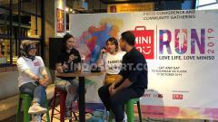 Indosport - Kembali digelar, Miniso Run 2019 ajak pelari berolahraga have fun dengan beragam acara menarik yang disuguhkan Miniso pada Minggu (27/10/19) di kawasan Gelora Bung Karno, Jakarta.