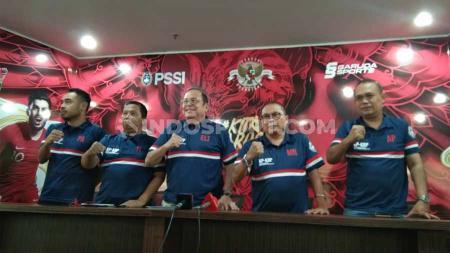 Komite Banding Pemilihan meloloskan bakal calon ketua umum yang dinyatakan tidak lolos sebelumnya di Kantor PSSI, Jumat (18/10/19). Foto: Zainal Hasan/INDOSPORT - INDOSPORT