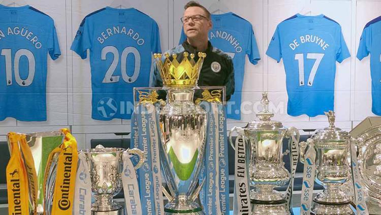 Pemain legenda dari klub sepak bola Manchester City, Paul Dickov berharap Sergio Aguero bisa menjadi penyelamat tim dalam kompetisi Liga Inggris musim ini. Copyright: Martin Gibsian/INDOSPORT