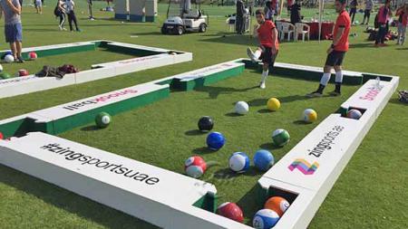 Salah satu olahraga yang menggunakan bola sepak, bernama football billiard. - INDOSPORT