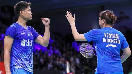 Praveen Jordan/Melati Daeva Oktavianti akhirnya berhasil menumbangkan pemain nomor satu dunia, Zheng Siwei/Huang Ya Qiong (Tiongkok). - INDOSPORT