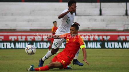 Pertandingan Timnas Indonesia U-19 vs China U-19 di Stadion Kapten I Wayan Dipta, Gianyar, Minggu (20/10/19). - INDOSPORT