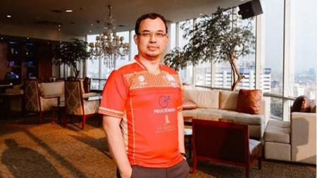 Vijaya Fitriyasa langsung mengalihkan fokus ke klub Liga 2 Persis Solo setelah gagal menjadi Ketua Umum PSSI periode 2019-2023. - INDOSPORT
