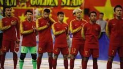 Indosport - Bambang Bayu Saptaji (kanan ketigaI di skuat Timnas Futsal Indonesia