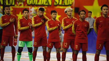 Bambang Bayu Saptaji (kanan ketigaI di skuat Timnas Futsal Indonesia - INDOSPORT