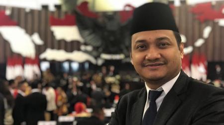 Senator asal Acehl Fachrul Razi diketahui lekat dengan dunia olahraga, meski saat ini digadang-gadang bakal jadi Menteri Agama (Menag). - INDOSPORT