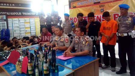 Polda DIY berhasil meringkus tersangka kerusuhan pasca laga PSIM Yogyakarta vs Persis Solo di Liga 2 - INDOSPORT