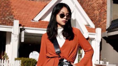 Menginjak usia 20 tahun, Sakina Tama udah pinter dandan.