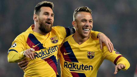 Buang Arthur ke Juventus, Barcelona seolah-olah bongkar 'keborokan' tim sendiri dengan menunjukkan keburukan pemainnya. - INDOSPORT