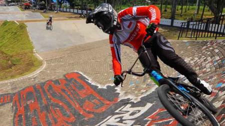 Kompetisi International Bicycle Motocross (BMX) kembali digelar di Banyuwangi. - INDOSPORT