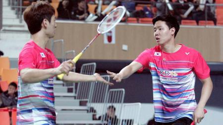 Pernah mengalahkan pasangan Kevin Sanjaya/Marcus Gideon, pebulutangkis Korea Selatan Choi Sol-gyu anggap enteng ganda putra China dan Jepang. - INDOSPORT