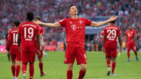 Striker Bayern Munchen, Robert Lewandowski, pernah mencetak lima gol dalam waktu sembilan menit. - INDOSPORT