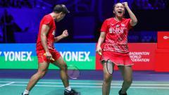 Indosport - Pasangan Praveen Jordan/Melati Daeva Oktavianti berhasil meraih gelar juara French Open 2019 usai mengalahkan Zheng Siwei/Huang Yaqiong.