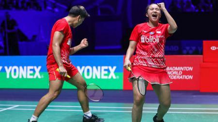 Deretan top 5 news kali ini menyuguhkan selebrasi Praveen Jordan yang mirip 'lamar' Melati Daeva hingga duet striker Persib Bandung. - INDOSPORT