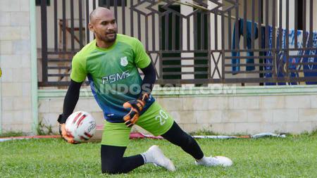 Mantan kiper Persebaya Surabaya, Alfonsius Kelvan memilih pemain lokal dan asing di posisi yang sama dengannya sebagai panutan. - INDOSPORT