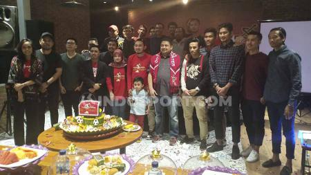 Perayaan First Anniversary Komunitas Dottoro Suporter (KDS) PSM Makassar. - INDOSPORT